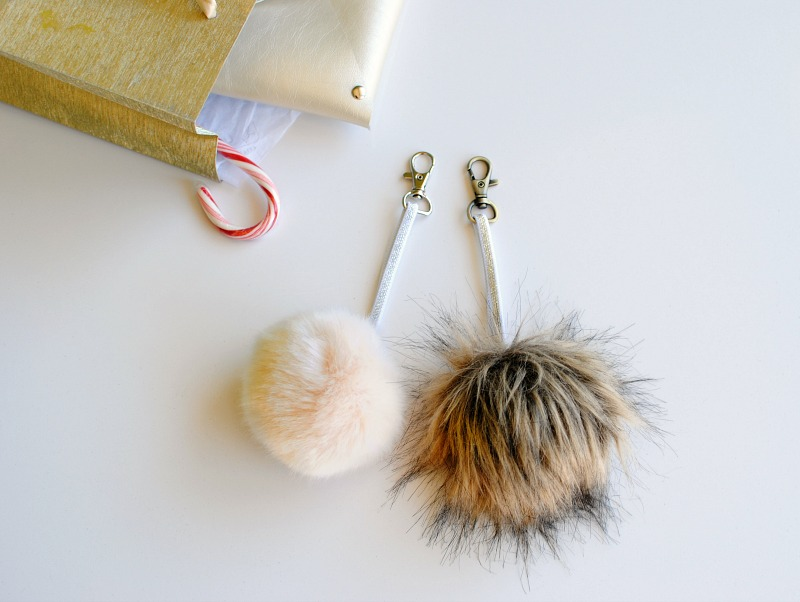 DIY Gifts: Faux Fur Pom Pom Key Chain