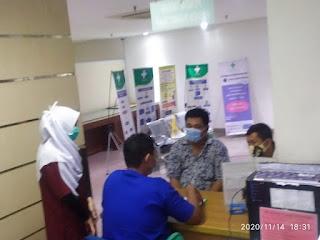 Anggota Komis II DPRD Kota Tangerang, Tinjau Langsung Pasien Covid-19 Di RS Tiara