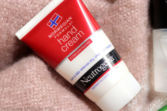 Neutrogena Hand Cream review