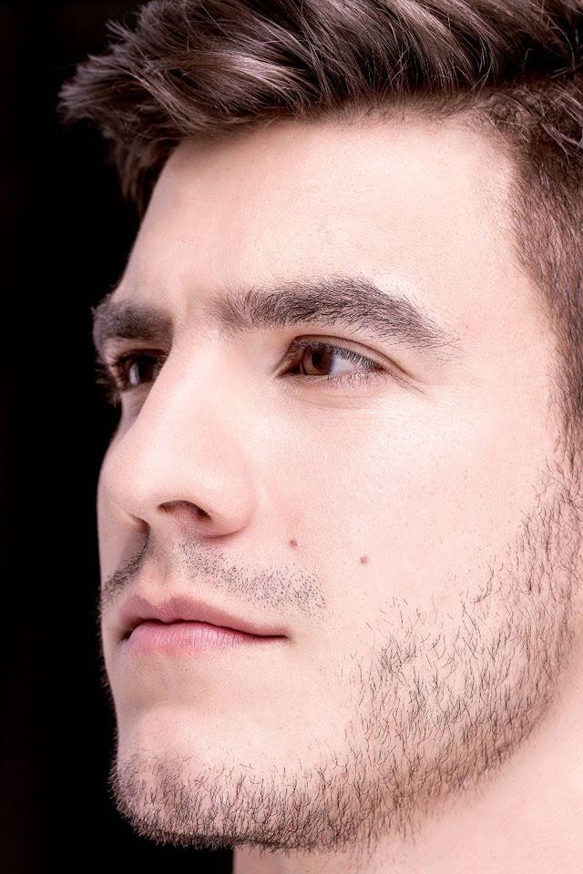 Bruno Poczinek, Mister Brasil 2017, posa para novo ensaio em estúdio. Foto: Paulo Stemper