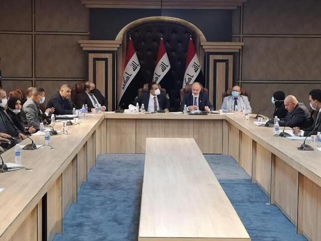 المالية النيابية: تدعو لعقد جلسة طارئة لإستضافة الكاظمي وعلاوي وبتال