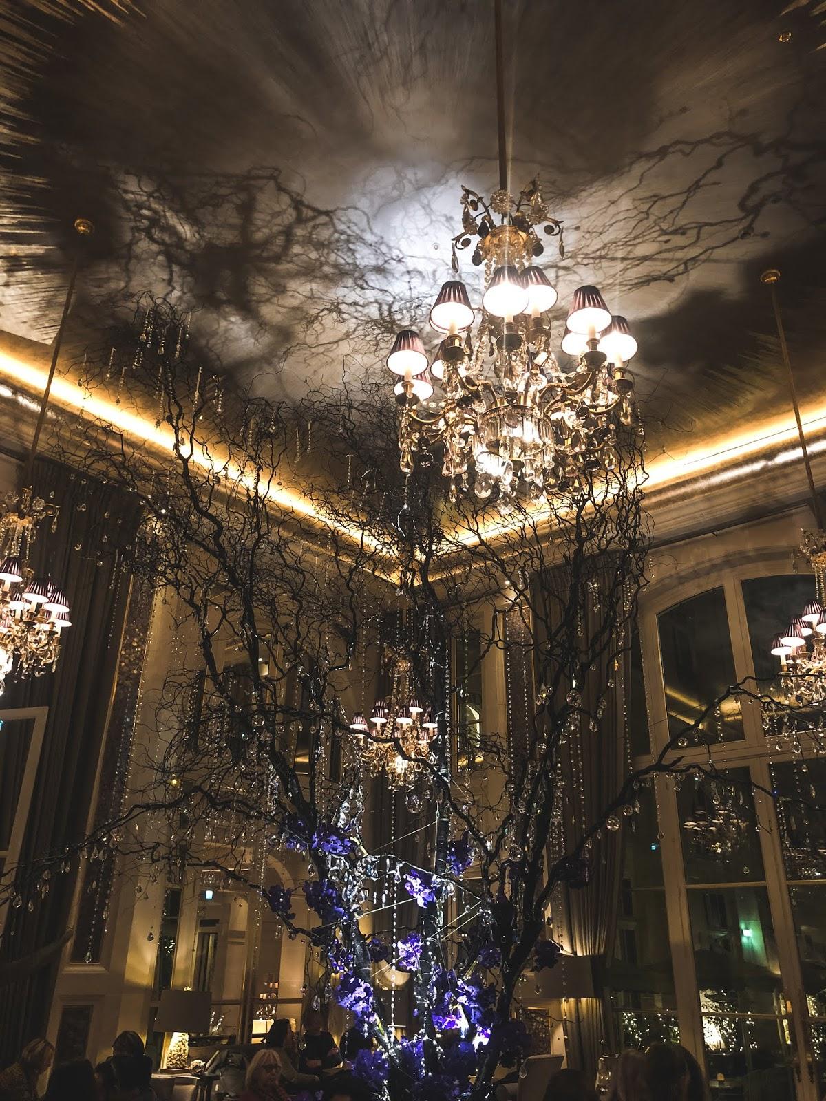 arbre cristaux Swarovski hôtel de Crillon