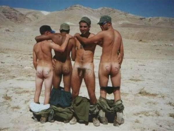 Militares Pelados (fotos reais) / Naked Military Men (real photos)