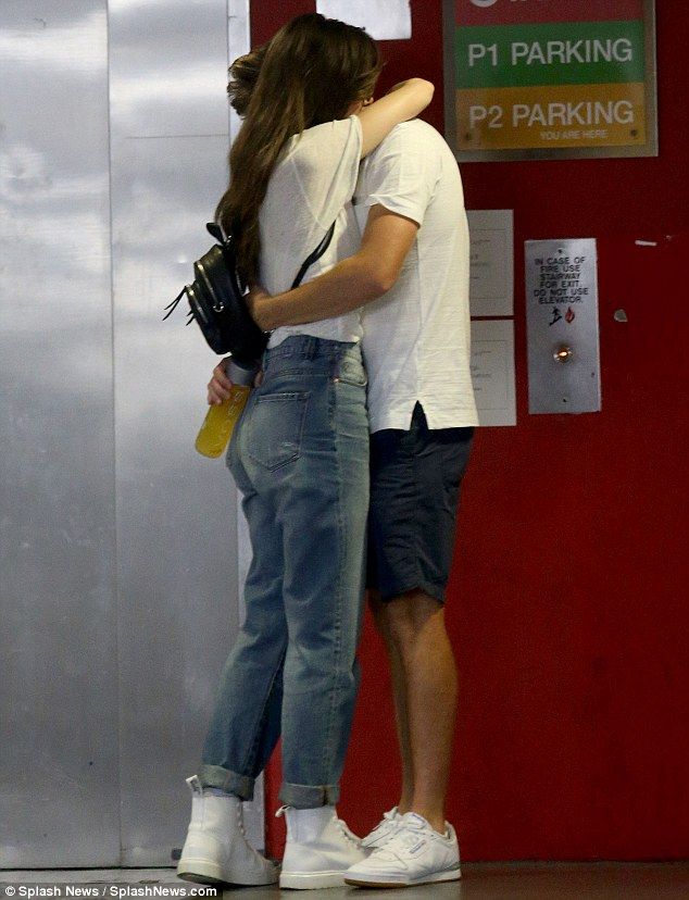 Niall Horan and Hailee Steinfeld pack on the PDA during outing in LA