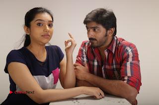 Theriyum Aana Theriyathu Tamil Movie Stills  0007
