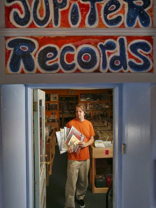 Vinyl Records Come Full Circle