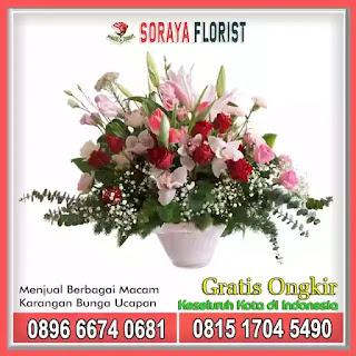 Rangkaian Bunga Vas Meja Terbaik