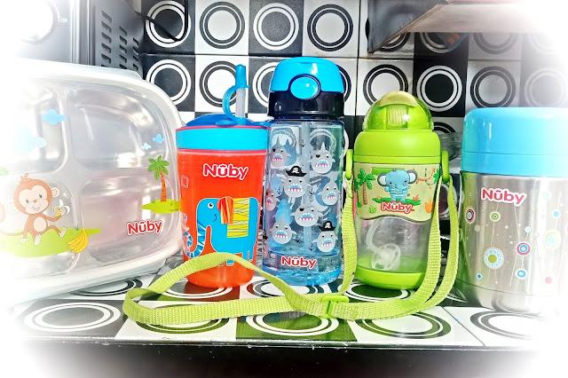 menjaga kebersihan perlengkapan makan bayi