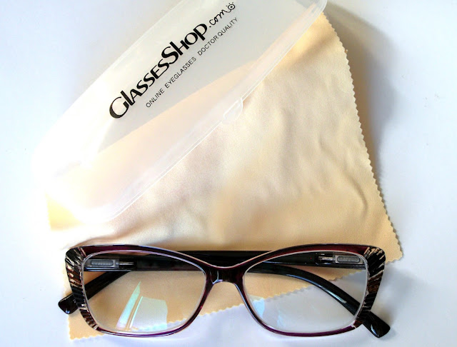 Lesley-cat-eye-prescription-eyeglasses-online-GlassesShop-customisable-eyewear