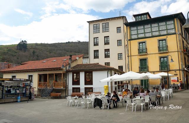 Plaza de Mario Gómez de Cangas del Narcea