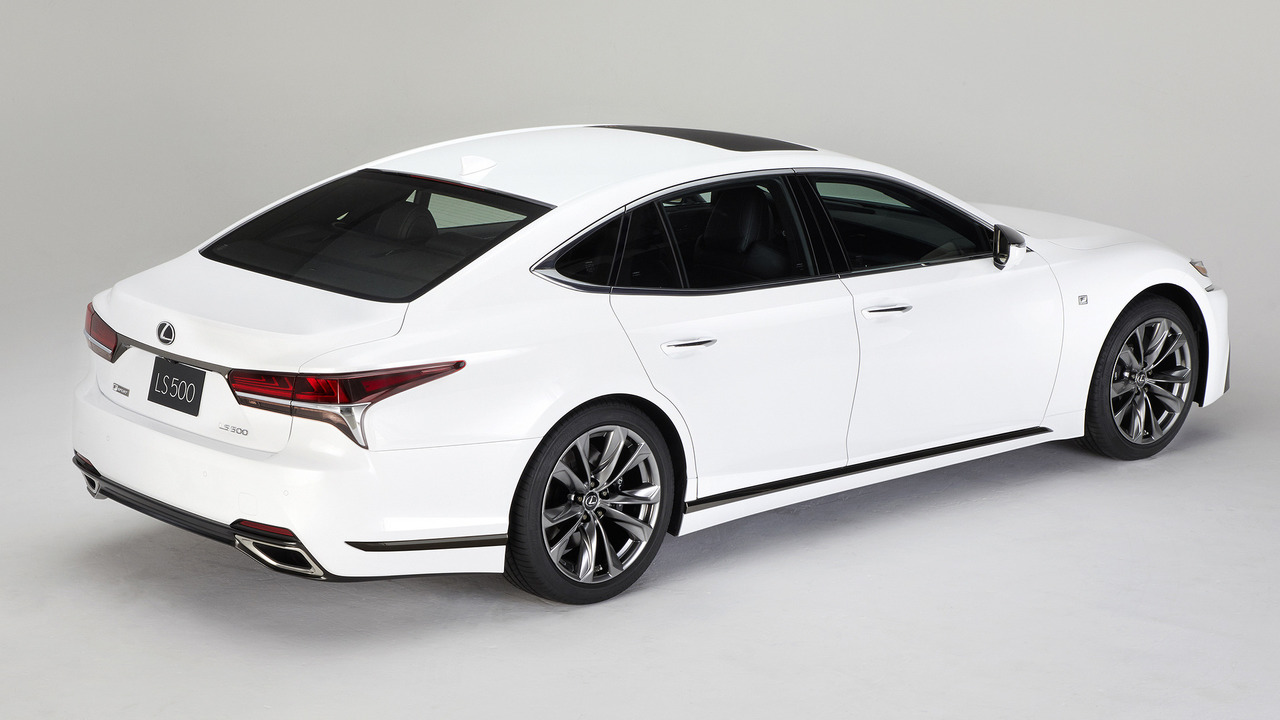 Lexus-LS-500-2018-30