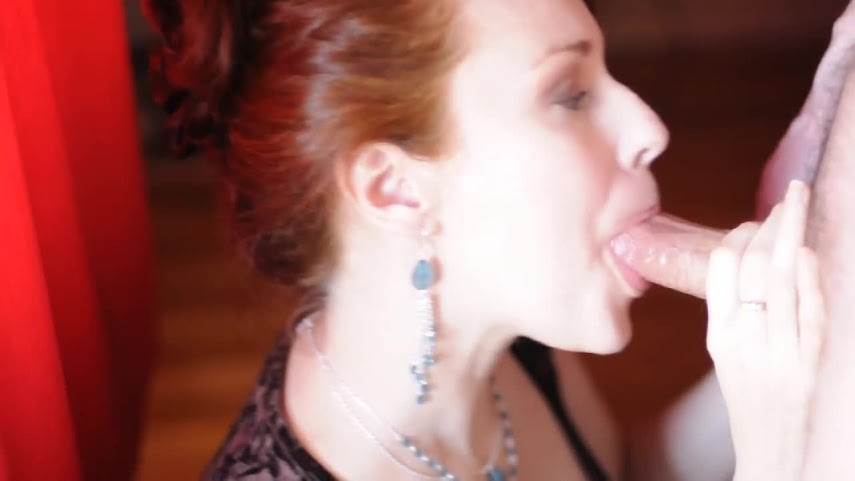 Blowjob 2009-05-14 - Beautiful Blowjob in Front of Red Curtains.mov