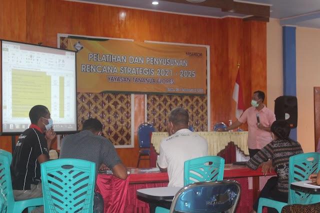 Yayasan Tananua Flores Lakukan Renstra 2021- 2025