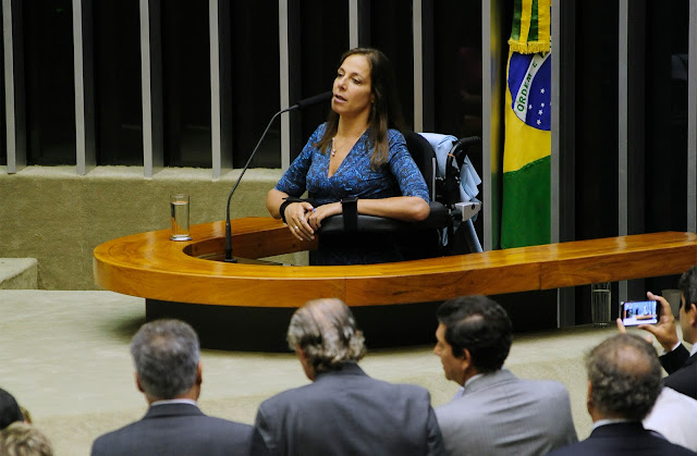 A Lei Brasileira de Inclusão não serve para nada!!!