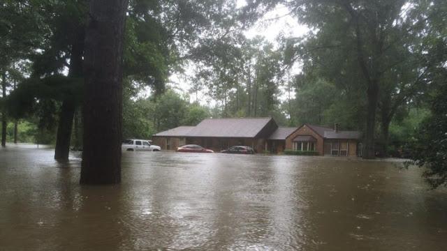 Inundación destruye casa de Pastor Tony Perkins en cruel ironía