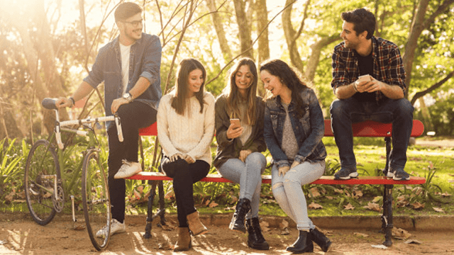 How often should a teenage hang out with friends?