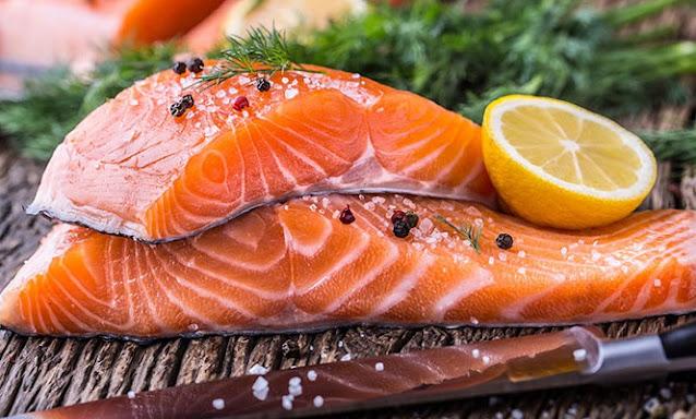 Cá hồi là một trong những thực phẩm bổ não