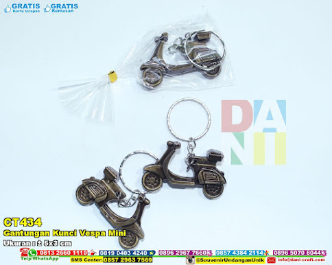 Gantungan Kunci Vespa Mini