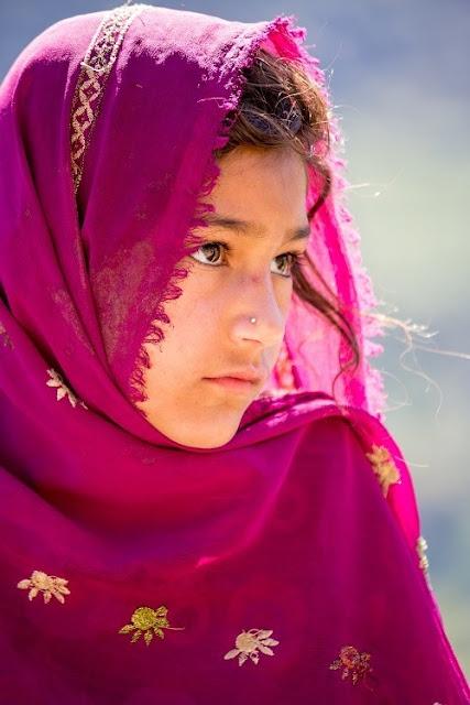 Bộ lạc sống thọ và có nhiều phụ nữ đẹp nhất thế giới, 60 tuổi vẫn có thể sinh con 1