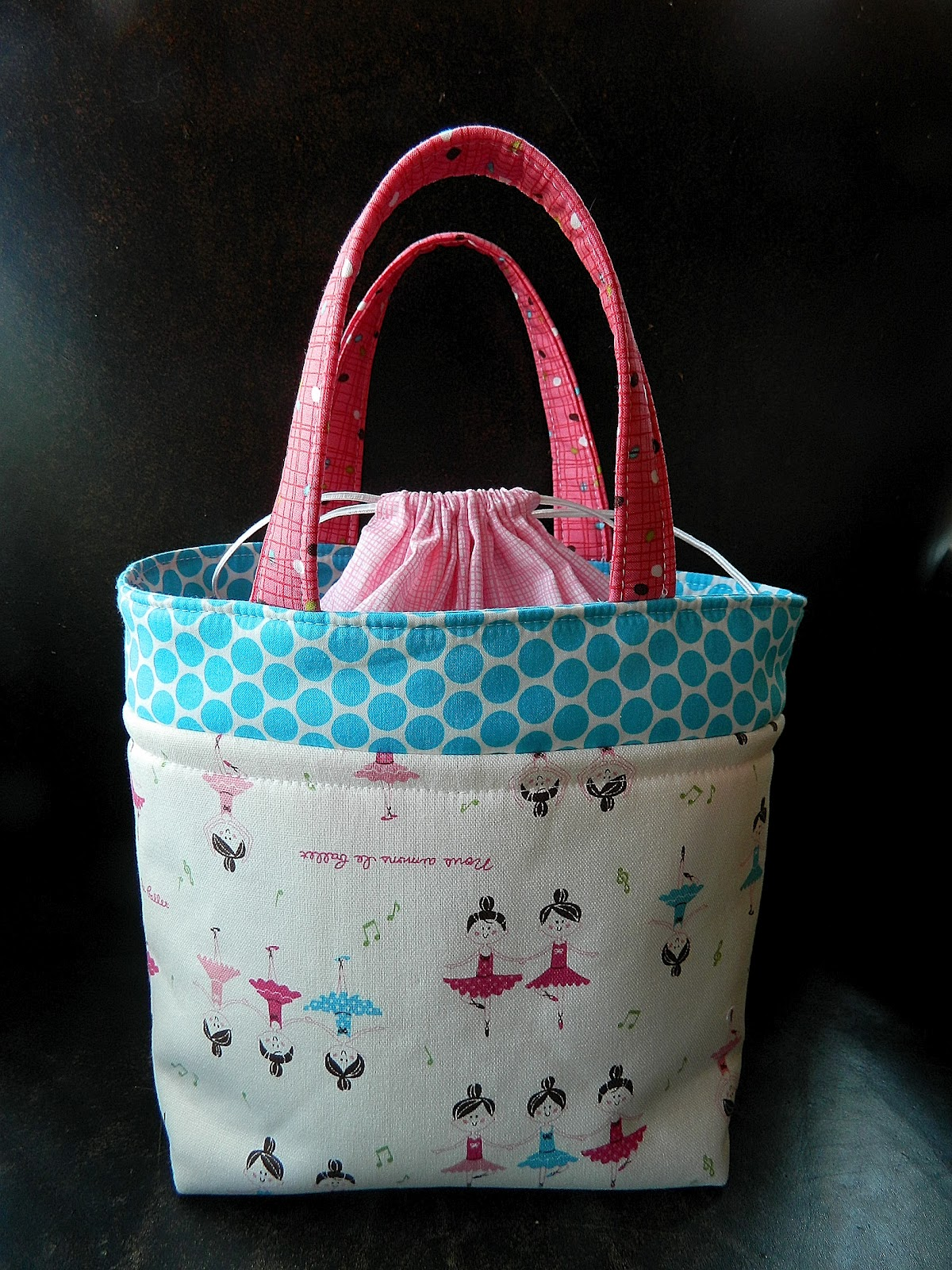 Excellent monkey beans: Ballet Bag for Bailey UL88