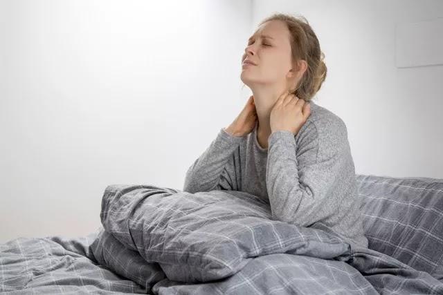 Sabahları bel, boyun ve sırt ağrısı ile uyanıyor, kendinizi enerjik hissetmiyorsanız mutlaka yeni bir yatak satın alın.