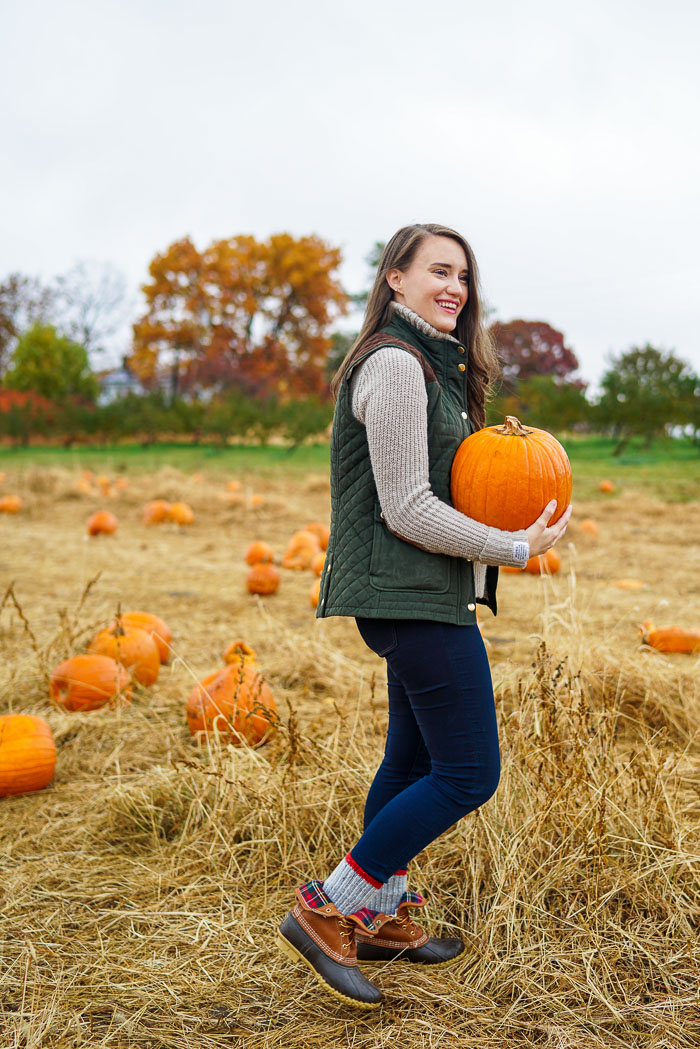 Krista Robertson, Covering the Bases,Travel Blog, NYC Blog, Preppy Blog, Style, Fashion Blog, Travel, Fall Outfits, Fall Style, What to Wear for the Fall, Pumpkin Picking