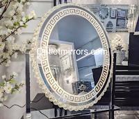 Logo Gioca e vinci gratis uno specchio da tavolo Led Versace Make up Mirror