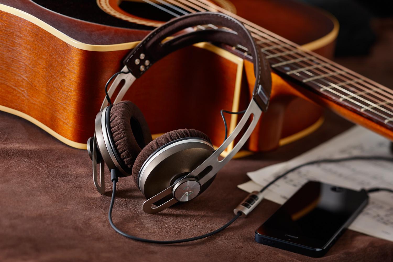 اين تكون ملفات الموسيقى في الايفون ويف يتم تنزيل الموسيقى