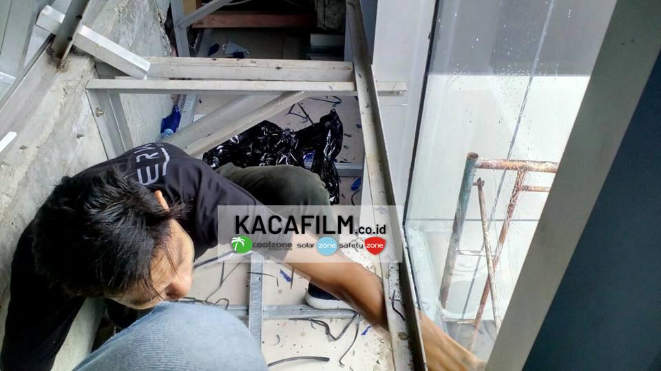 jasa pasang kaca film rumah sakit Taman Sari Jakarta Barat harga murah