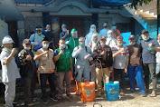 Bersinergi Dengan NU - Peduli Covid, RW 04 Cengkareng Barat Lakukan Penyemprotan Disinfektan