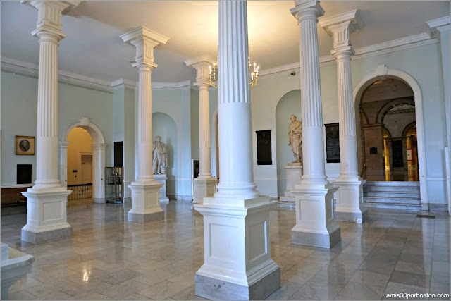 Doric Hall en el Massachusetts State House