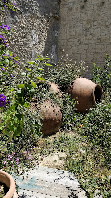 Omodos Cyprus, Grecian urns