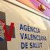 Un hombre de 45 años se fractura una muñeca tras caer desde un primer piso en Guardamar del Segura