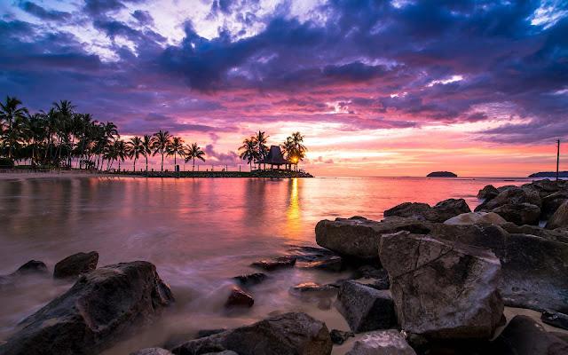 Papel de parede grátis e imagens da natureza para pc, notebook e table : Lindo pôr do sol na praia resort.