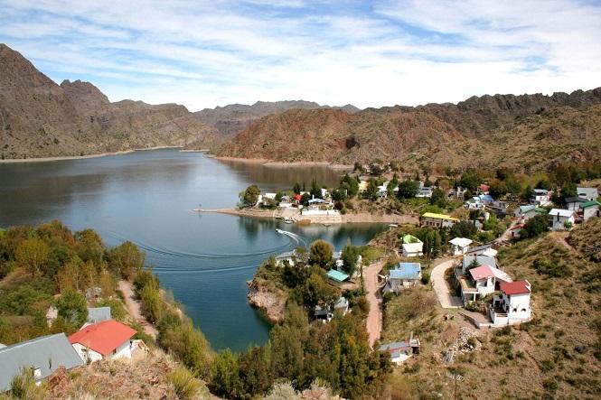 Miles de turistas eligieron San Rafael para disfrutar del fin de semana extra largo