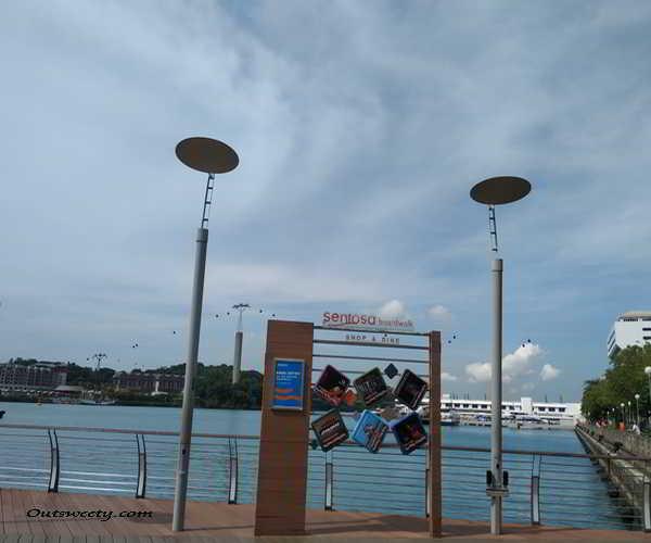 solo traveling ke singapura