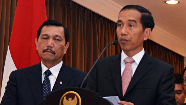 Iwan Sumule: Pantas Pertumbuhan Ekonomi Minus, Jokowi Lebih Percaya LBP...