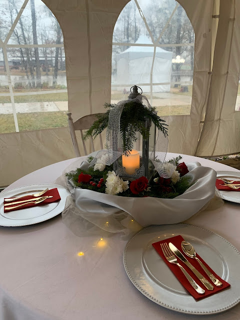 Lantern Centerpieces with fresh flowers