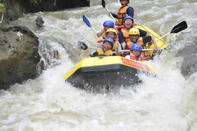 Petualangan Rafting Cisadane Bogor Untuk Mengisi Masa Liburan