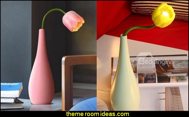 Tulip Design Table Lamp