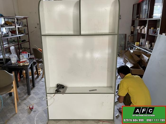 Thiết kế thi công Tủ kệ trưng bày sản phẩm tại Phú Quốc