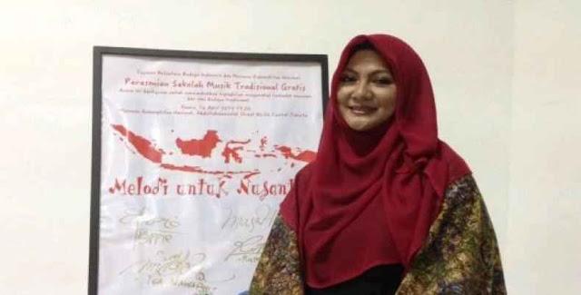 Perdebatan Di Kamar Kos Hantarkan Penyanyi Ini Memeluk Islam