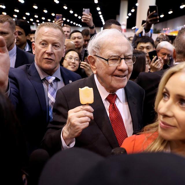 Warren Buffett Net Worth, Life Story, Business, Age, Family Wiki & Faqs