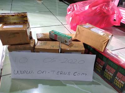 Foto Packing Paket Pengiriman Periode Tanggal 4 mei sampai 10 mei 2020