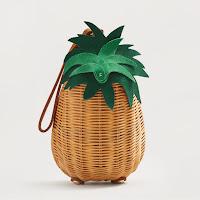 http://shop.mango.com/DE/p0/damen/accessoires/taschen/handtaschen/tasche-i--?id=83015591_07&n=1&s=accesorios.bolsos