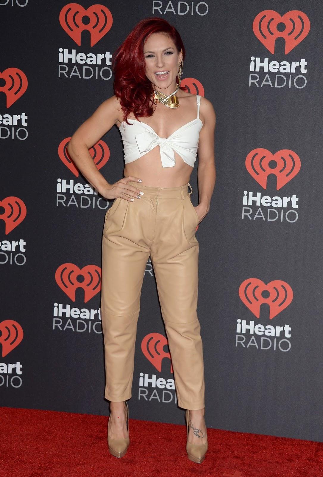 Sharna Burgess at 2016 IhearRradio Music Festival