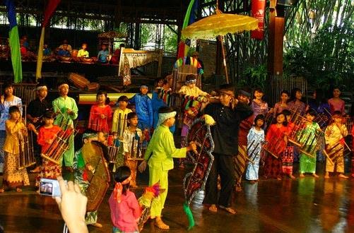 Kumpulan Lagu Daerah Jawa Barat Terpopuler