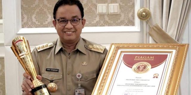 Borong Penghargaan Dari Kemendagri dan LPSK, Anies Komitmen Tingkatkan Pelayanan Publik