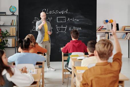 Insegnanti curati o formati?