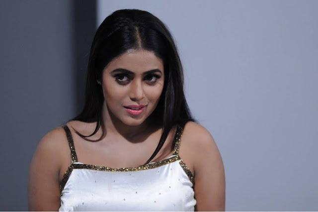 Poorna Stills From Suvarna Sundari Movie
